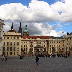 Прага, Град