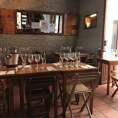 1946 Enoteca Winebar Winetasting : selezionati vini classici, organici e naturali