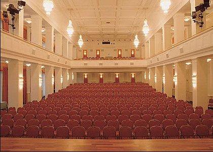 Der Prachtvolle Saal im Kaiserbäderhof Heringsdorf auf der Sonneninsel Usedom