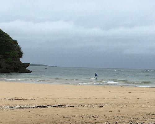海岸でのヨガ