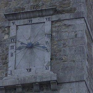 Reloj invertido del Campanario