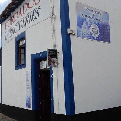 Foto do exterior da loja