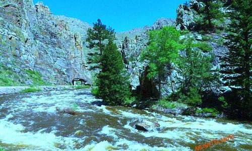 Cache Poudre River