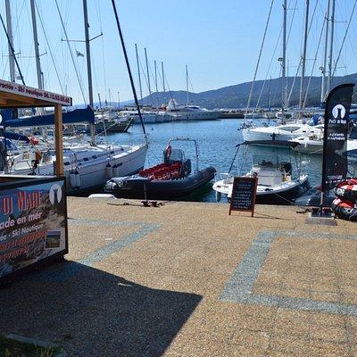 Pace di Mare.promenades en mer et activitésnautiques.port de plaisance de Propriano