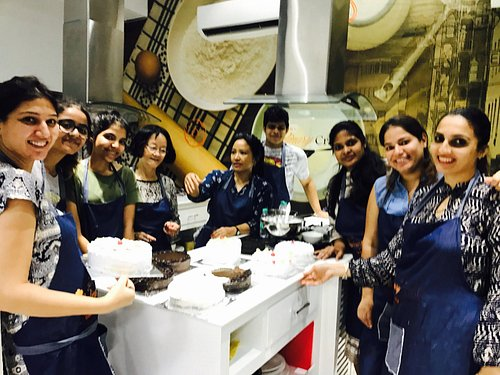 Our baking classes allow everyone to get their hands on and learn amazing techniques
