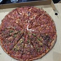 One of the best pizza i have had. 3 levels of hot hotter and the one i had, really 'good' hot. A