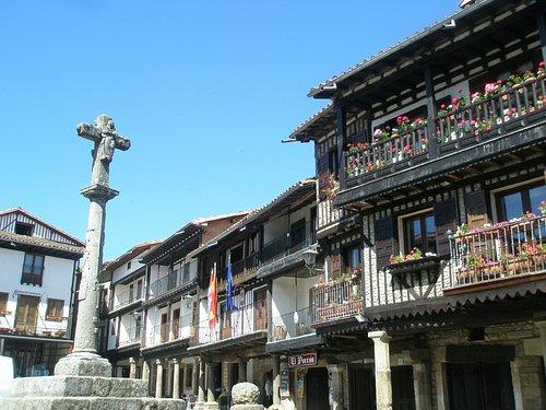 Ayuntamiento en la Plaza Mayor de la Alberca
