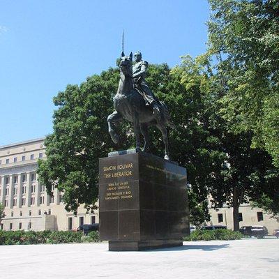 Simon Bolivar Memorial is just across the street