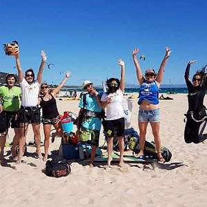 Happy team after kitesurfing lessons!