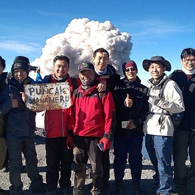 One of Best Tour Operator to Climb Mt Semeru 3676m, Indonesia