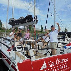 Zeilen op de Oosterschelde met SailForce, van 2 uur tot een hele dag genieten op het water.
