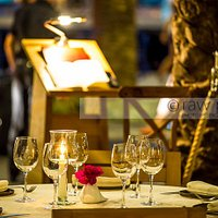 Mesas a la luz de las velas. Our shining tables by the candles