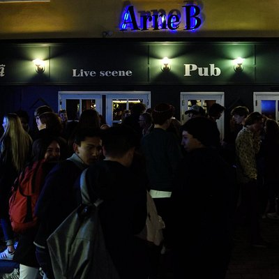 Outside the pub on a crowded night. Vestergade 10 - Svendborg DK