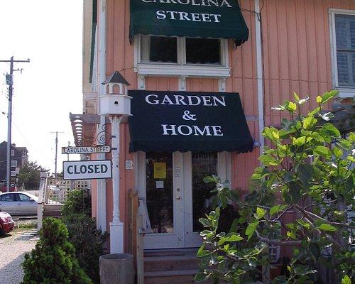 Entrance to Carolina Street Garden & Home at 40118 E. So. Carolina Street in Fenwick Island DE