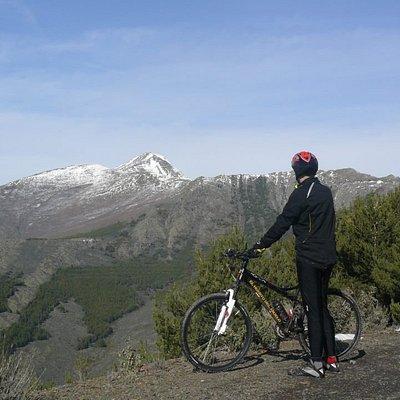 Ascensión a Cabeza de Almiruete  desde el pueblo de Almiruete