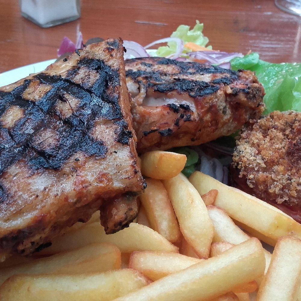 LA GROTTE DES TUNNELS, Vallon Pont d'Arc   Restaurant Reviews ...