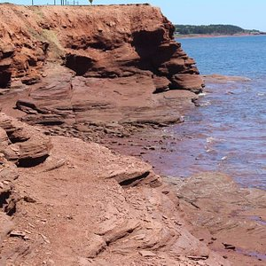 stunning red cliffs with beautiful ocean views