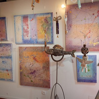 Art-Ange gallery collection of paintings and sculptures