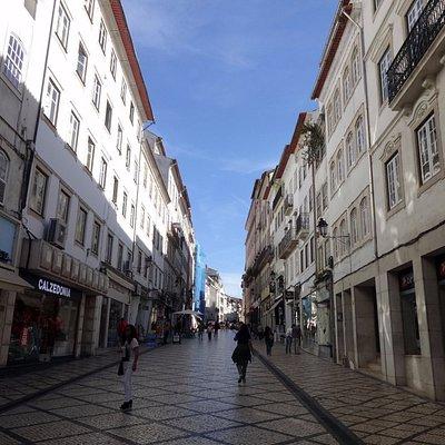 Rua Ferreira Borges, antes da hora da agitação!