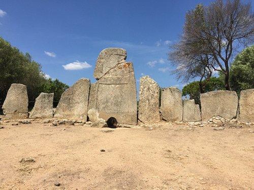 Tomba dei Giganti di Li Lolghi