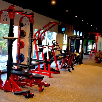 Free weights area from HAMMERSTRENGHT provided by Lifefitness is just Fantastic