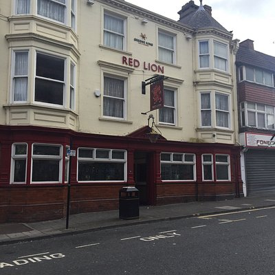 Red Lion great location Darlington town centre