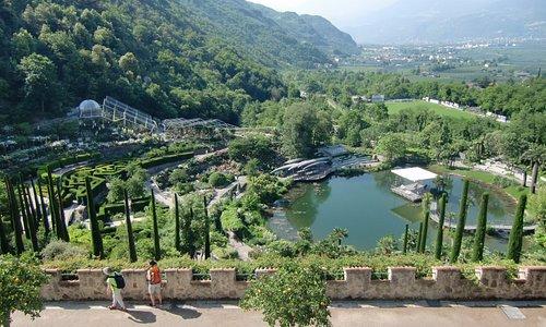 Vista di giardini dal castello