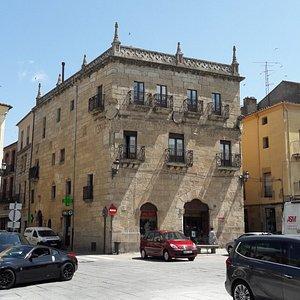 Casa de los Cueto o Primer Marqués de Cerralbo
