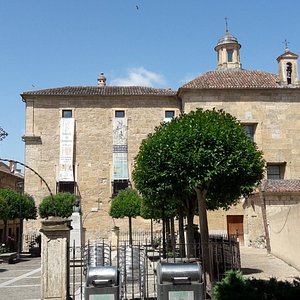 Plaza Dámaso y Ledesma y Palacio de los Águila