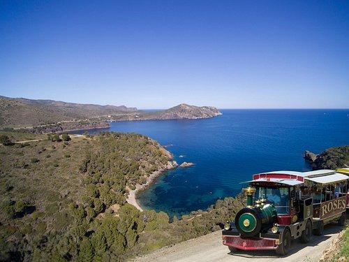 Tren en el Parque Natural del Cap de Creus.