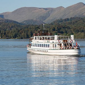 Steamer MV Swan on the Red Cruise from Bowness to Ambleside. The journey takes just over 30 minu
