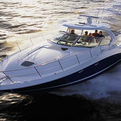 One of our most popular 40ft Luxury Powerboats ideal for up to 8 people