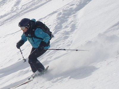 Off track ski lessons