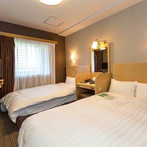 The Twin Room at the Dormy Inn Hiroshima