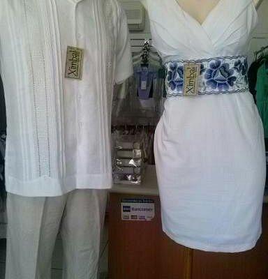 Guayaberas y ropa típica (vestidos, blusas, ropa de bautizo primera comunión), en manta y lino