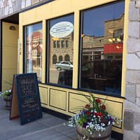 Quaint little bake shop with an inviting exterior and quiet atmosphere.