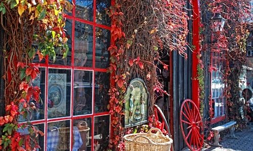 Bowral Autumn Antiques