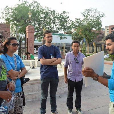 explanation in Old Amritsar Bazaar Walk