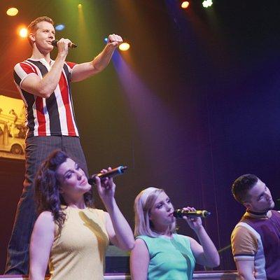 The cast of Beach Boys California Dreamin'