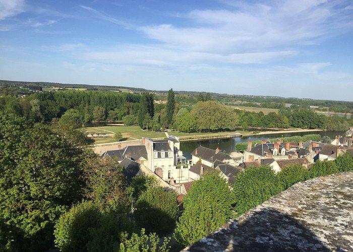 Scorcio sulla città, vista dagli spalti del castello