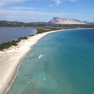 La Cinta is the best known and most popular beach of San Teodoro. Located on the northern outsk