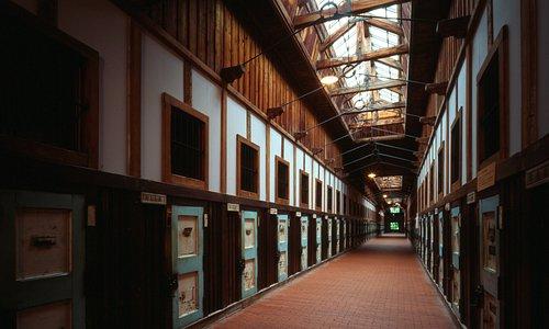 重要文化財「旧網走監獄舎房」内部