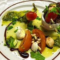 kirschtomaten Büffelmozzarella hausgemachtem Pesto