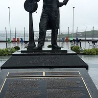 full view of statue and text