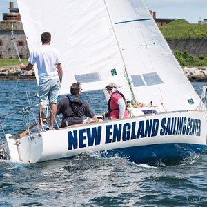 J22 Sailing for Basic Keelboat Training. Courtesy of Tyler Fields Photography.
