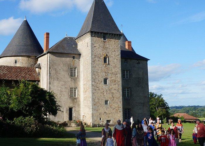 Château de Brie à Champagnac la Rivière -  visites costumées - Ouest Limousin Tourisme