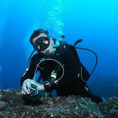 Patrice Moniteur Diplômé d'État vous accueille pour vous faire découvrir la plongée en Bretagne