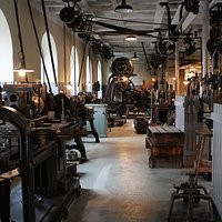 The museums mechanical workshop.
