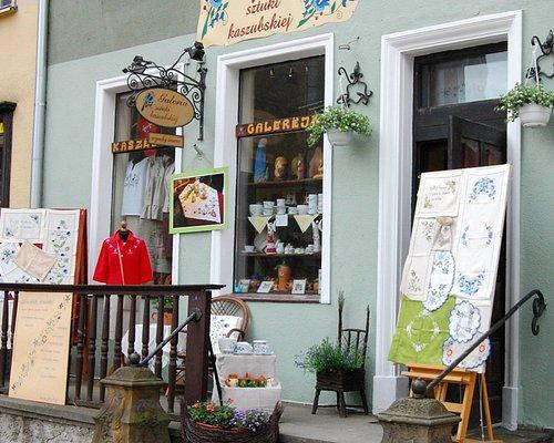 Galeria Sztuki Kaszubskiej beautiful, hand made souvenirs from Kashuby.