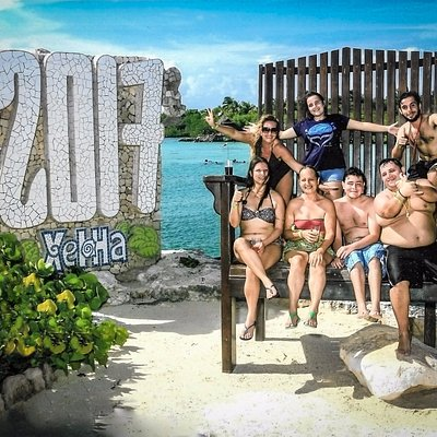 Familia Rimain Tours no Parque Xel-Ha